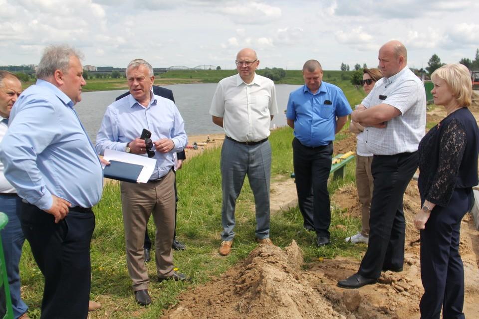Председатель горисполкома Владимир Цумарев провел выездное совещание повопросам развития зон отдыха вМогилеве