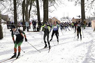 Городской спортивный праздник «Могилевская лыжня-2021» пройдет 27февраля вПечерском лесопарке
